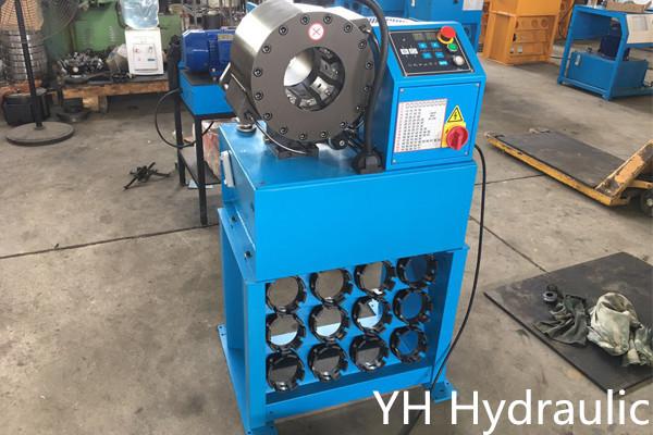 Máquina prensadora de mangueras 1.1 / 4 ''